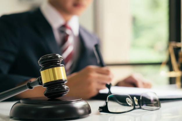 4  דרכים לבחור עורך דין הסכם ממון